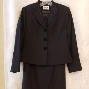 Elegant Classic Black Suit by Kasper - Size 6P